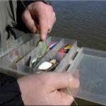 Что нужно взять новичку на зимнюю рыбалку