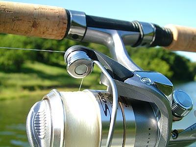 Рыболовная катушка Шимано Power Roller. Технология снижает риск закручивания лески